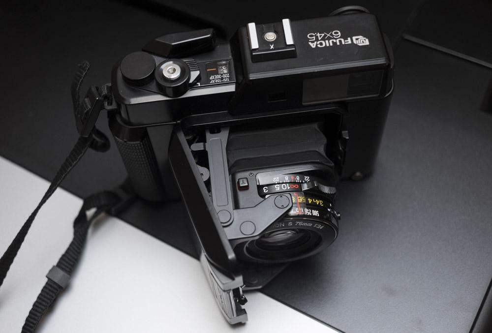 Fuji GS645 – die kleinste Mittelformatkamera der Welt
