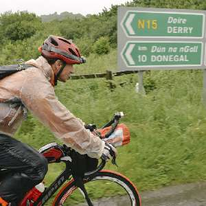 central/2016TransatlanticWay/  2016-06-19 Michael Hampl, Ireland, Michael Hampl, Transatlanticway, bicyle race, coastline, rain, unsupport