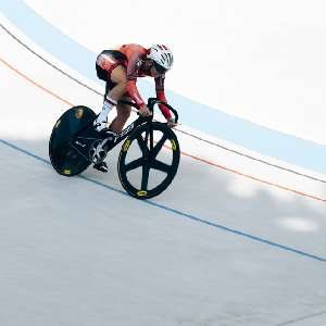 central/2017SprinterMeetingDudenhofen/  2017-09-01 Sprint Men 200m Qualification, Bahnrad, Dudenhofen, Miriam Welte, Race, Track, concrete, sprinter c